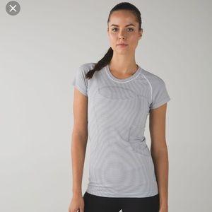 VGUC lululemon striped swiftly shirt sleeve